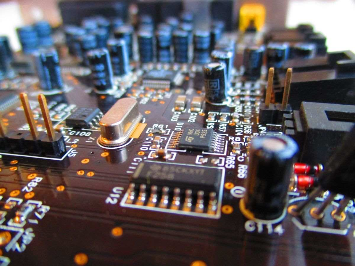 Metal Core PCB and Different Materials Used in Making PCBs