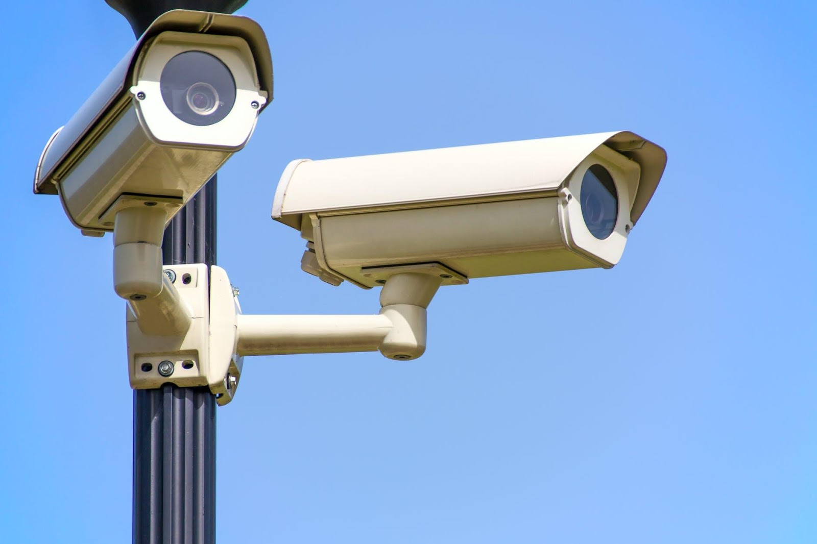 Why Installing CCTV Cameras Is All the Rage Now