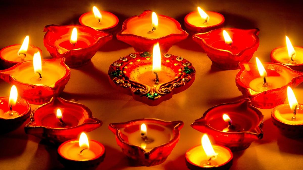 7 Reasons That Claims Diwali is The Best Festival Of India