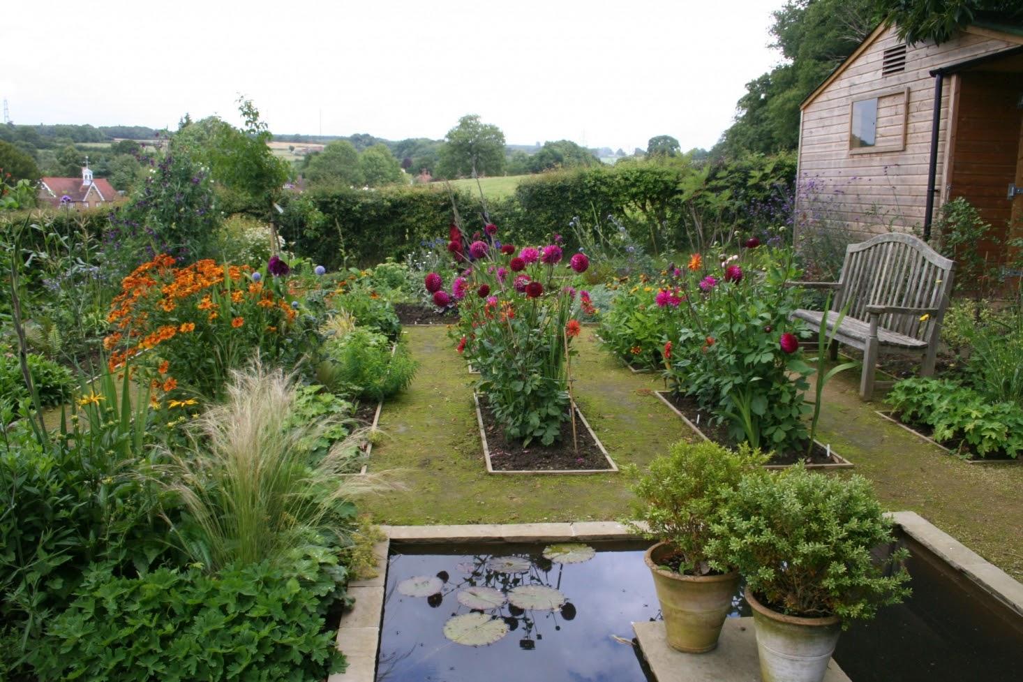 Kitchen Garden Tips: For a Productive Vegetable Garden