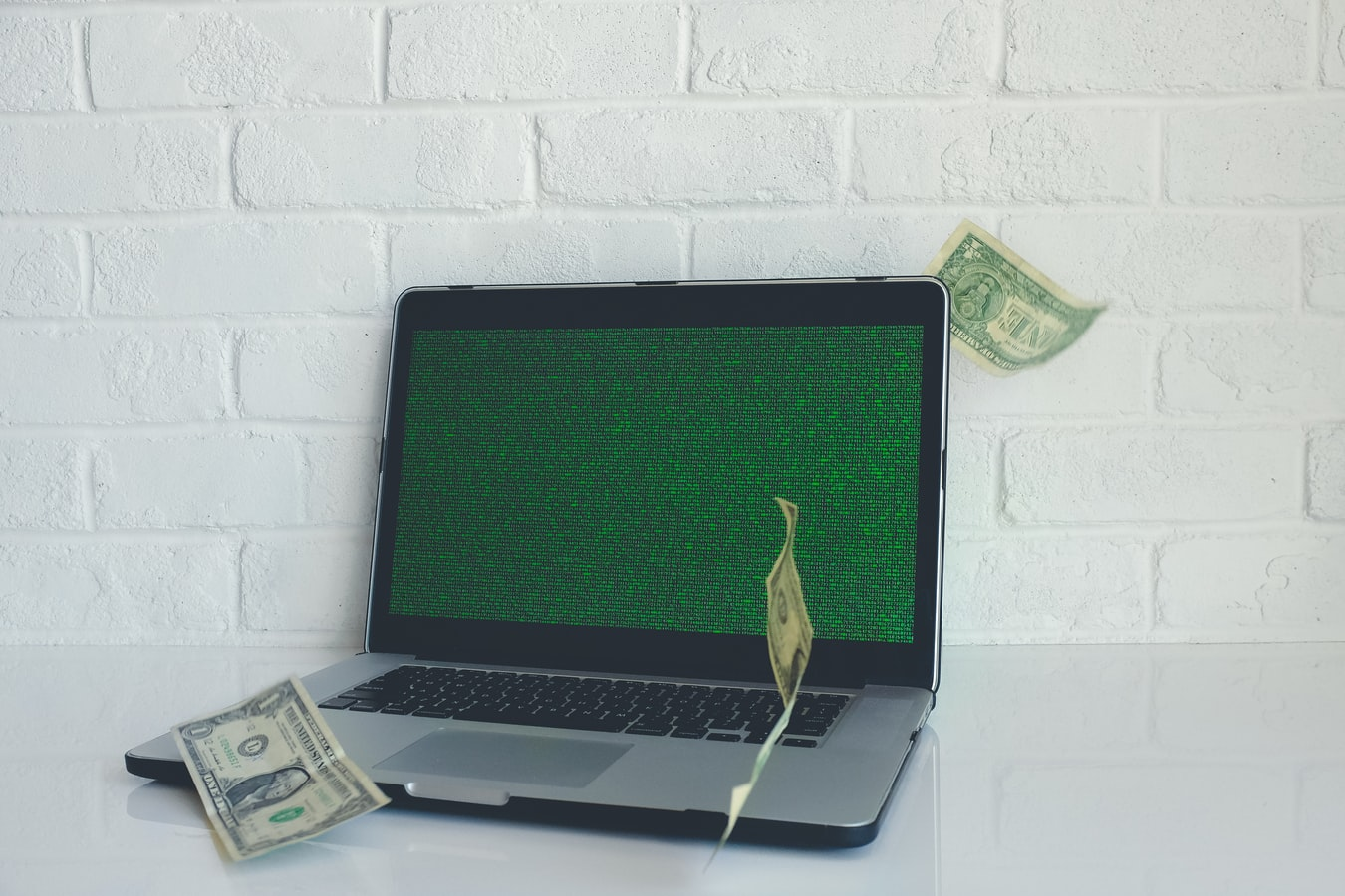 Using the Internet, Easy Monthly Income of Thousands Dollars